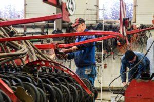 Ciągnik: remontować stary czy kupić nowy_2