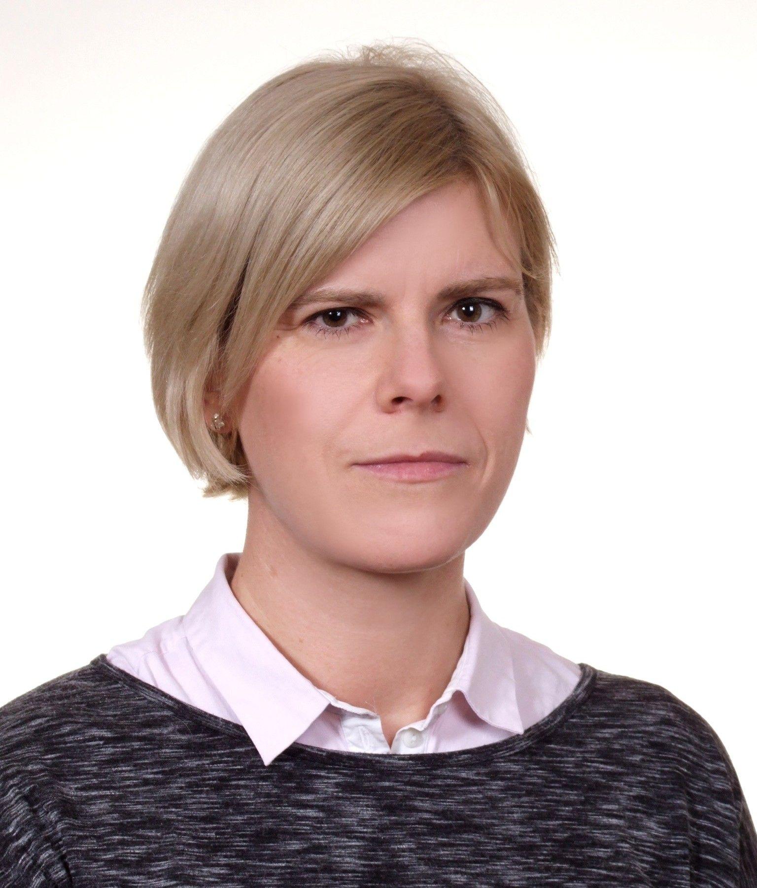 dr inż. Ewa Tendziagolska