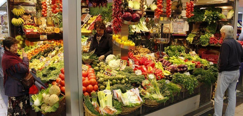 Ukraina znosi cła na warzywa iowoce