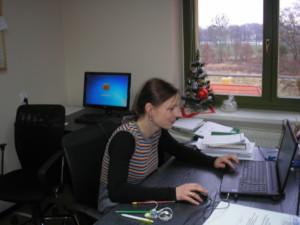 Ewelina Zamojska, Pracownik Powiatowego Zespołu Doradców przygotowuje kolejne szkolenie dla młodych rolników