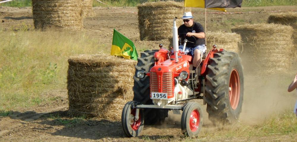 Relacja zII Rajdu Retro Traktorów wWielkiej Lipie