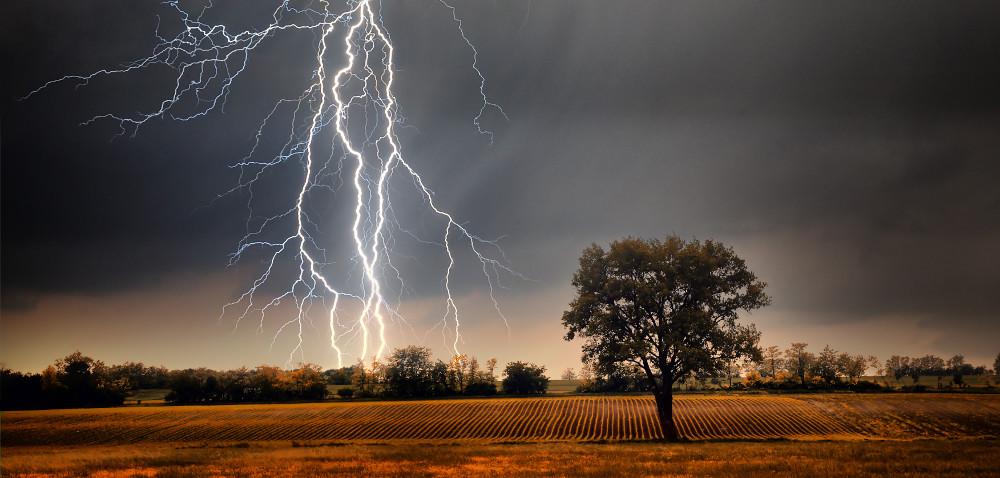 IMiGW ostrzega przed gwałtownymi burzami