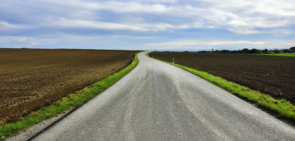 Ustawa oobrocie ziemią: są problemy, zmiany już wlipcu