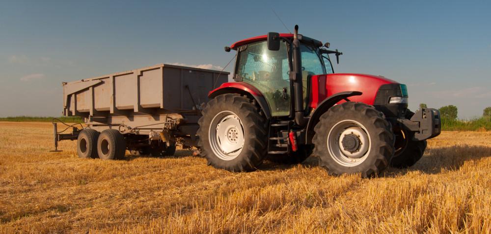 Sprzedaż przyczep rolniczych: wsierpniu mocno wdół