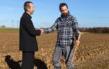 kto kupuje ziemię rolną