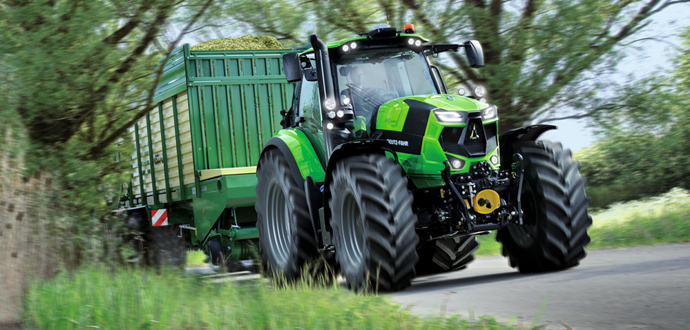 Ciągnik rolniczy DEUTZ-FAHR 6215 RCshift otrzymał prestiżową nagrodę
