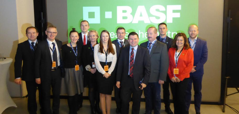 BASF: ewolucja czy rewolucja? Podsumowanie roku