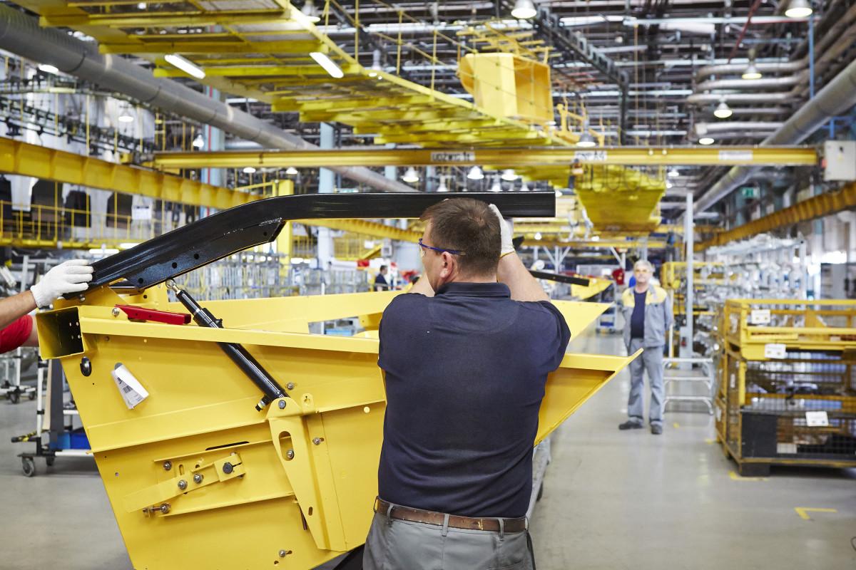 fabryka maszyn new holland