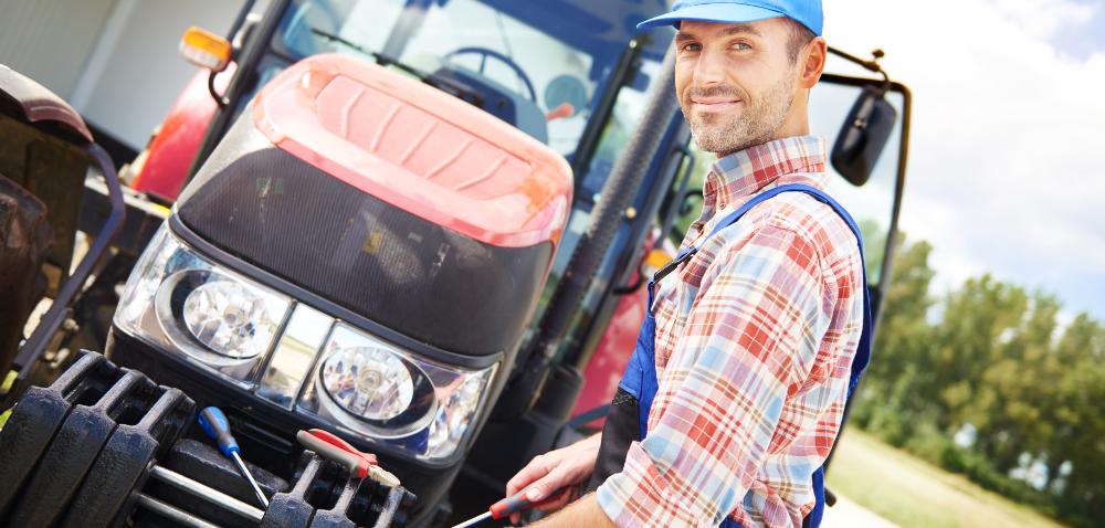 Konserwacja ciągnika rolniczego przed zimą: co musisz sprawdzić?