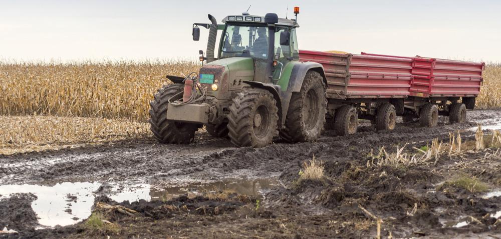Konserwacja przyczepy rolniczej – 7błędów, które możesz popełnić