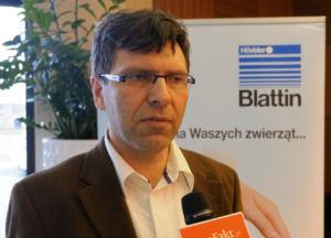 Dariusz Szopa zBlattin Polska mówi owozach paszowych poziomych