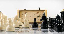 rozgrywka na szachownicy