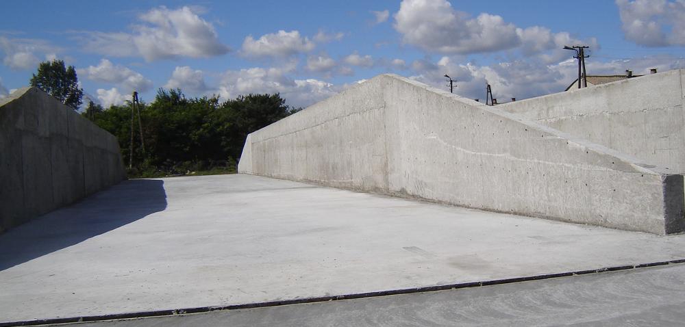 Silos betonowy – jak przechowywać kiszonkę zkukurydzy