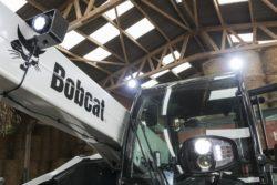 oświetlenie ładowarki bobcat