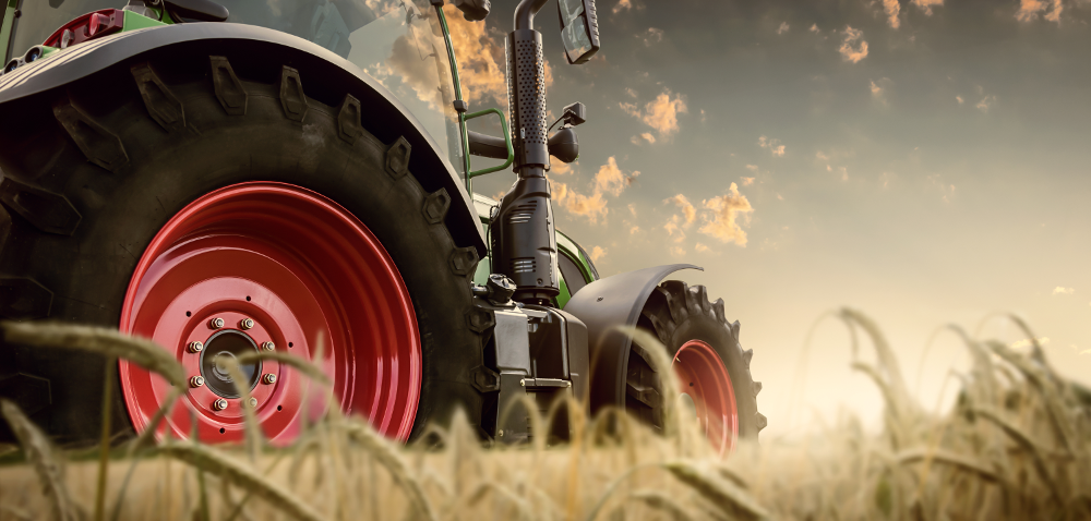 Ubezpieczenie rolne awypadek zudziałem ciągnika rolniczego