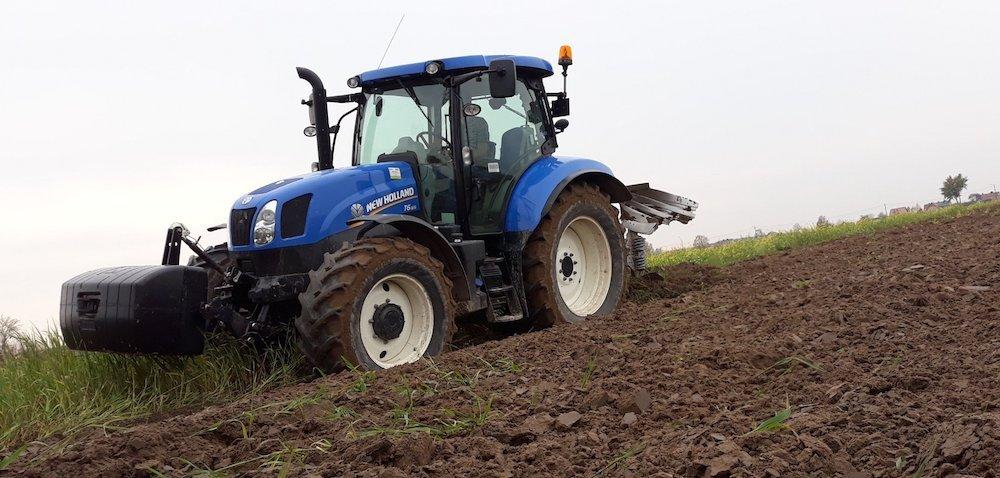 Rejestracje ciągników rolniczych. Słabe otwarcie listopada