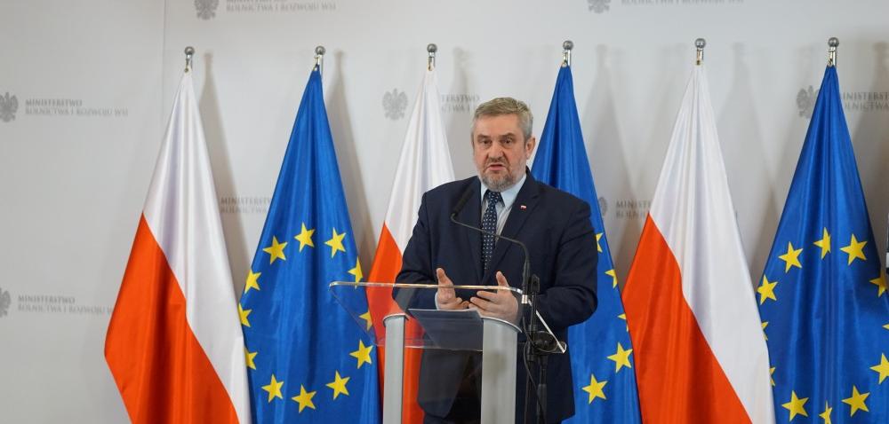 Minister Ardanowski zostaje