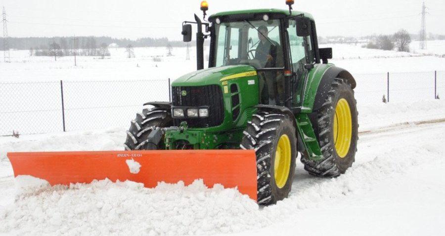 Jak przygotować ciągnik do zimy? Akumulator ipaliwo