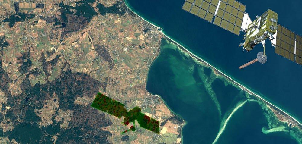 Monitoring upraw: satelita czy dron?