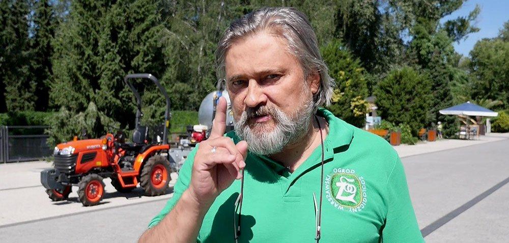 Z traktorkiem Kubota wśród zwierząt [WIDEO]