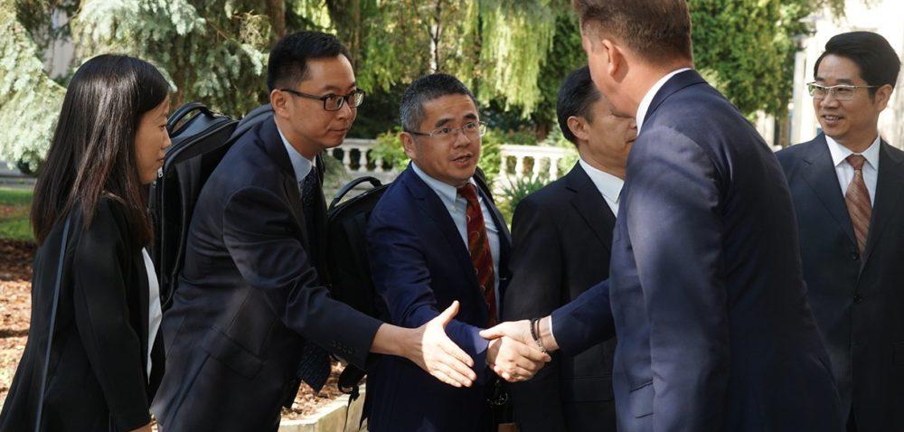 """""""Cóż tam, panie, wpolityce? Chińczyki trzymają się mocno?"""""""
