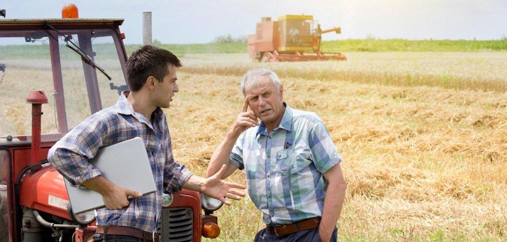 Czym różni się ciągnik od traktora, czyli omaszynowych błędach