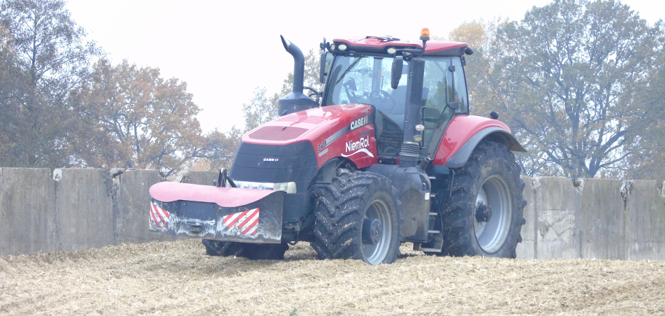 Młody rolnik inwestuje wochronę środowiska iklimat