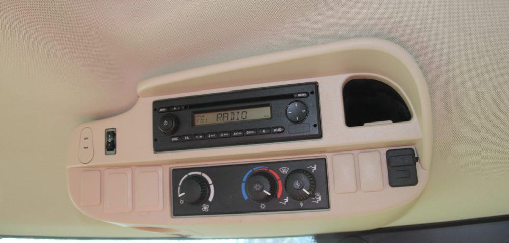 Radio wciągniku. Czy to ma sens?