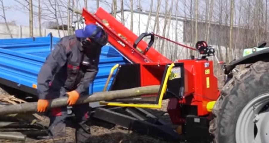 Rębak do drewna – mechaniczny drwal wgospodarstwie