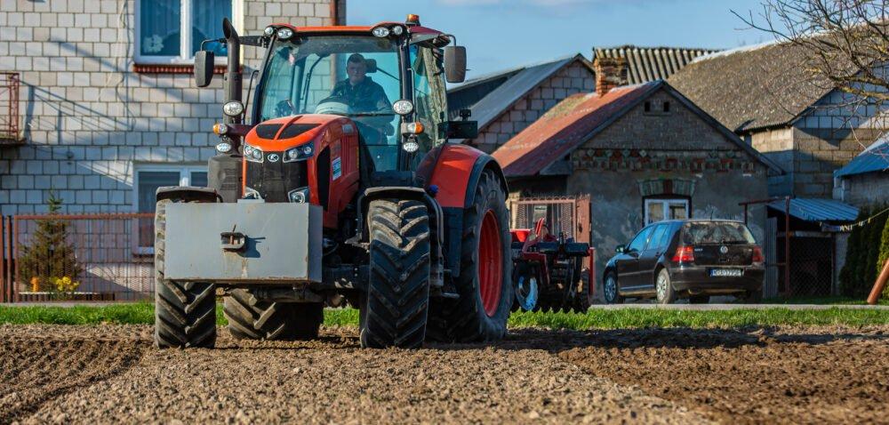 Ustawa orodzinnych gospodarstwach przyciągnie młodych na wieś?