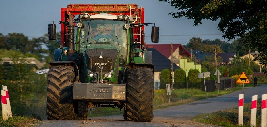 Wypadki ciągników rolniczych inielegalne konopie wkukurydzy