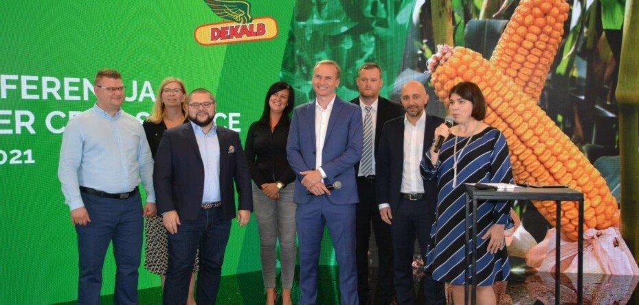 Kukurydza DEKALB – innowacje inowości wofercie Bayer na 2022 rok