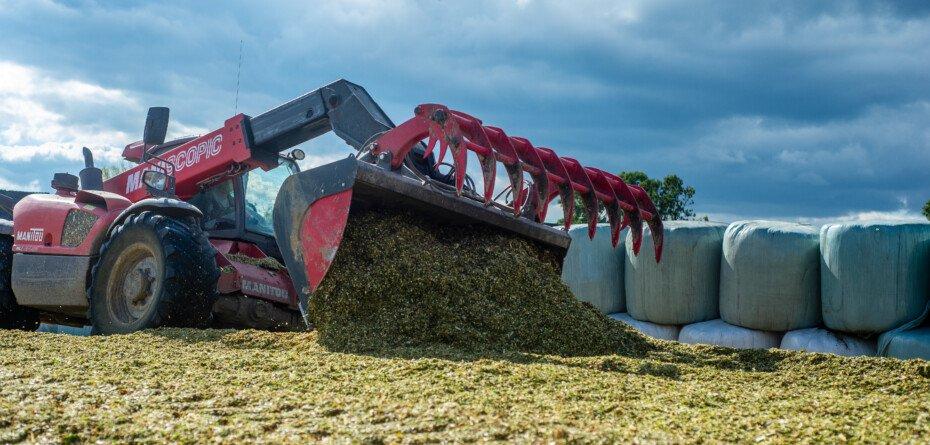 Usuwanie folii rolniczych 2021 zwiększym dofinansowaniem? Sprawdź!